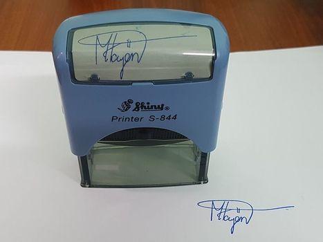 Dịch vụ khắc dấu chữ ký online nhanh chóng, giao tận nơi tại TPHCM